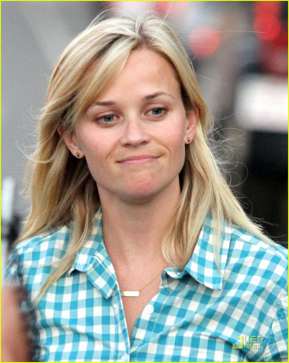 reese witherspoon villetta 022567398