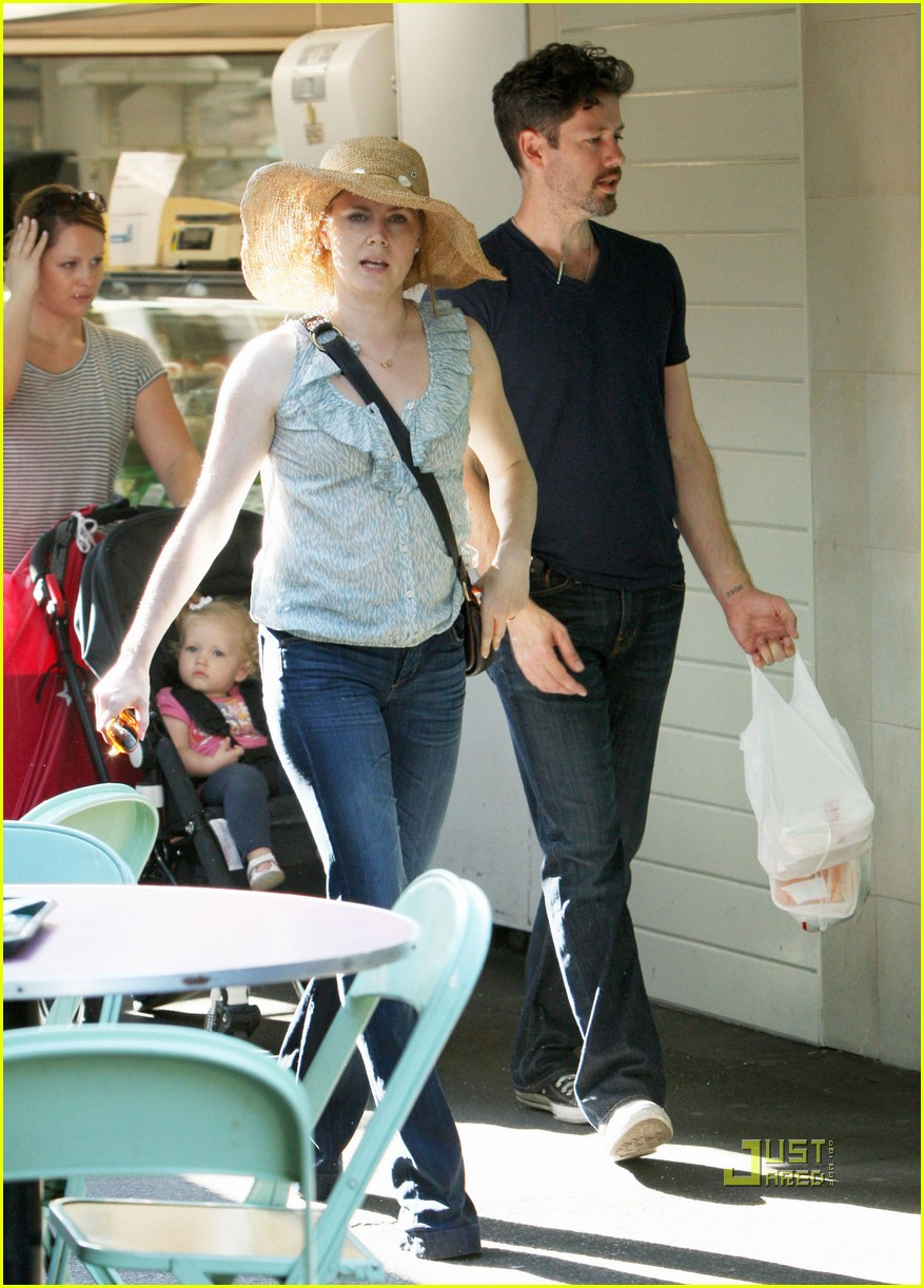 amy adams darren le gallo out shopping 06