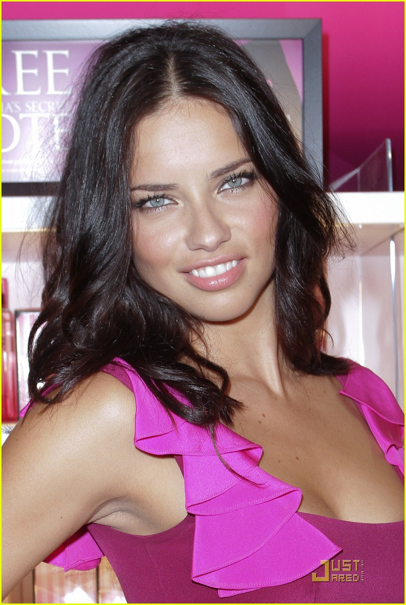 alessandra ambrosio adriana lima fashions night out 052578450