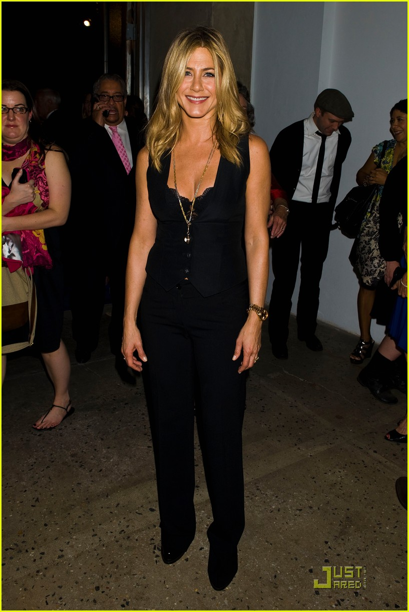 jennifer aniston five screening nyc 092584341