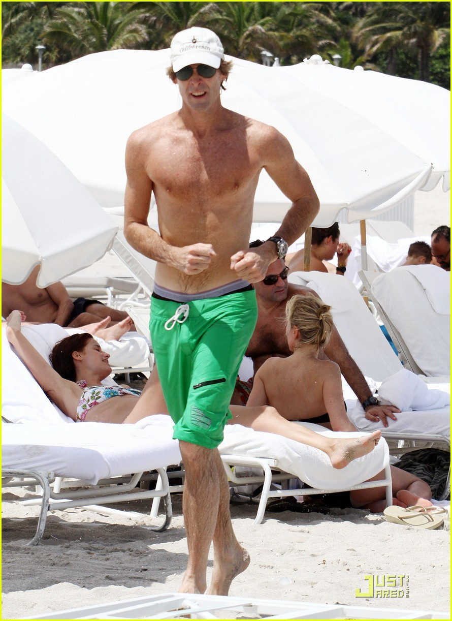 michael bay shirtless miami 032576874