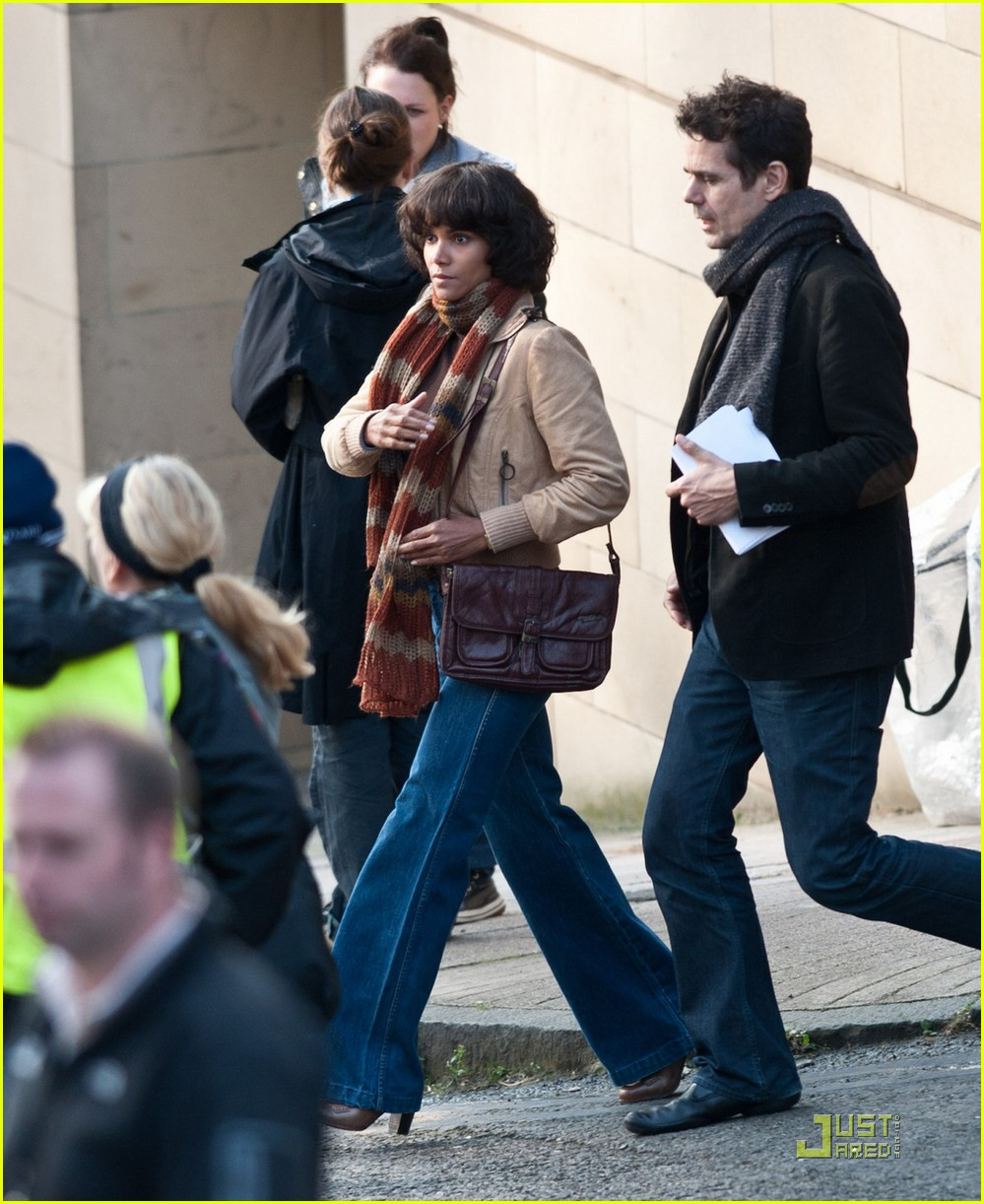 halle berry wigs out cloud atlas 092580492