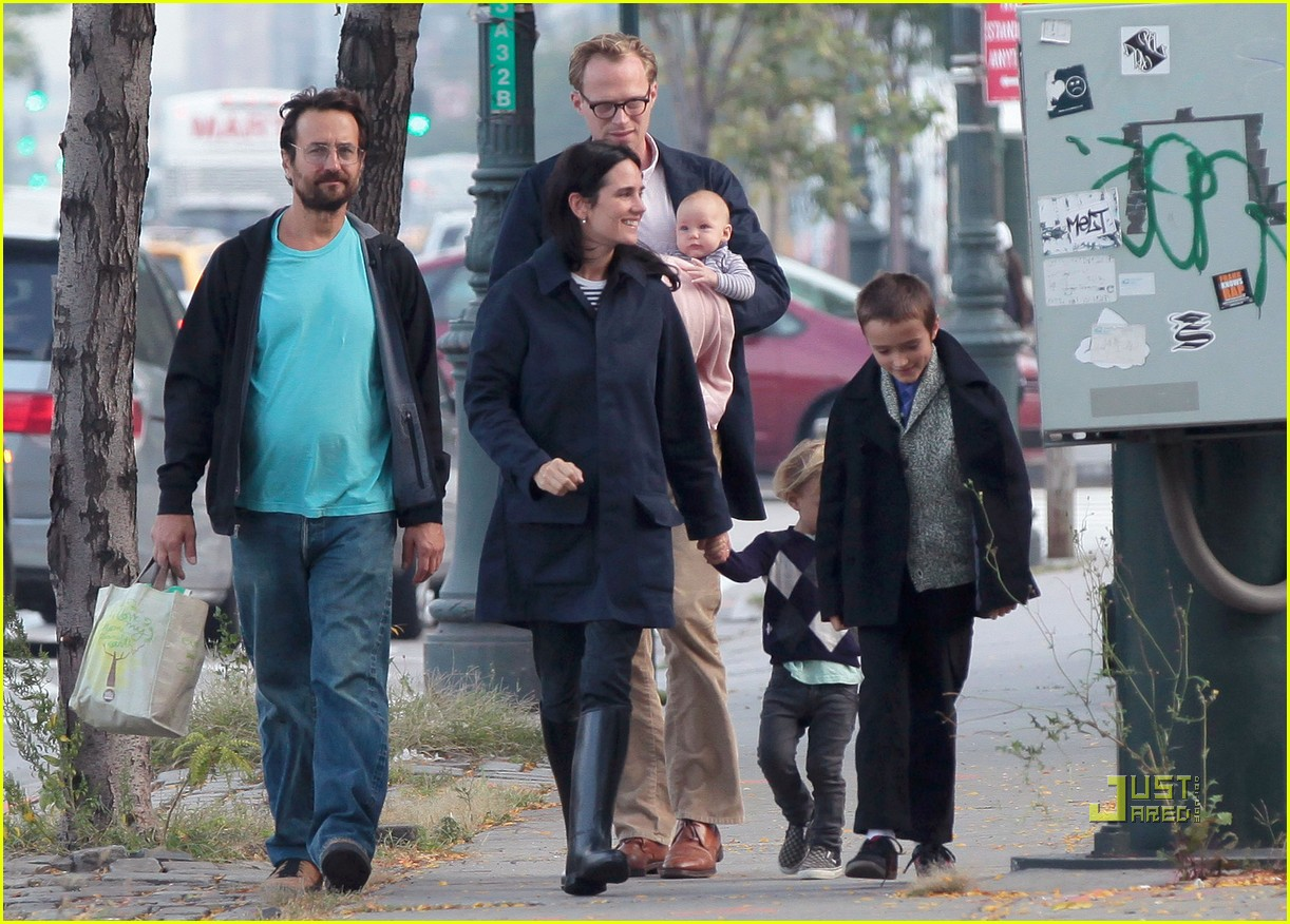 jennifer garner paul bettany kids agnes 012582873
