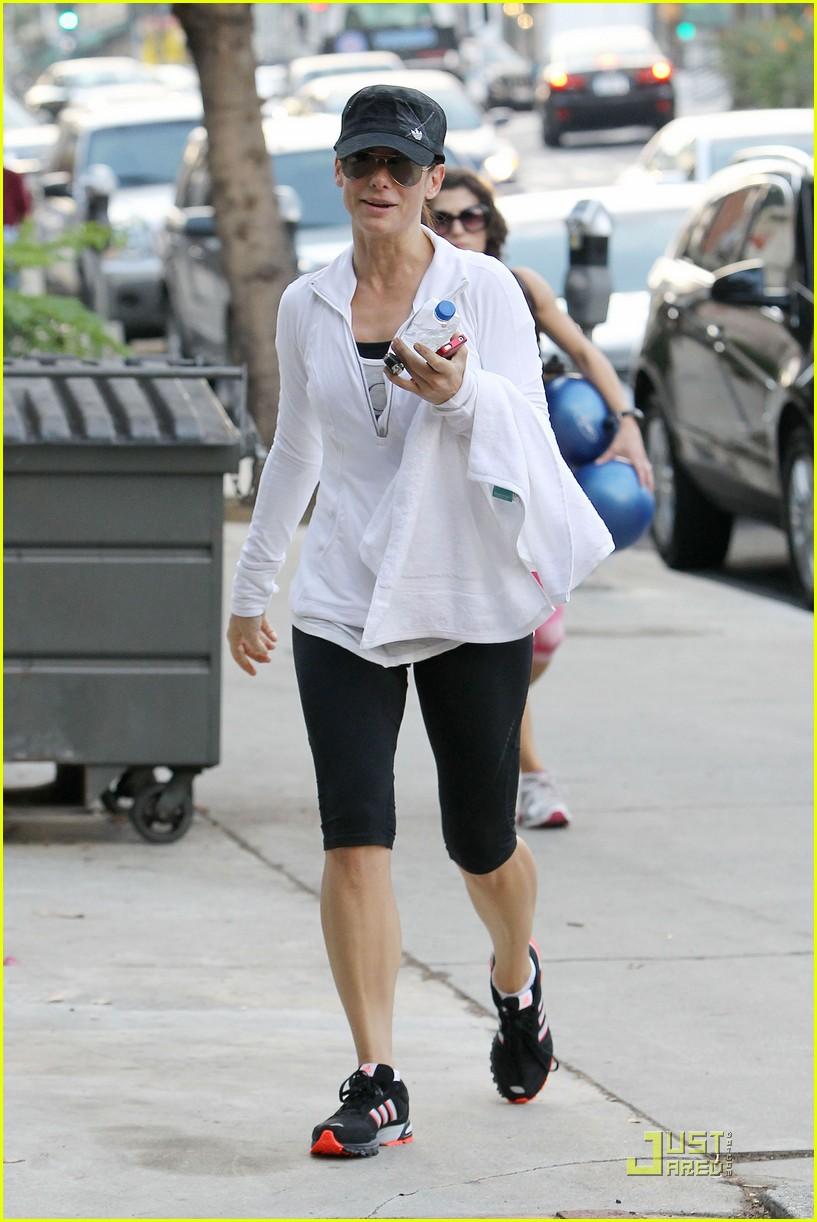Sandra Bullock And Ryan Gosling - Viewing Gallery Ryan Reynolds