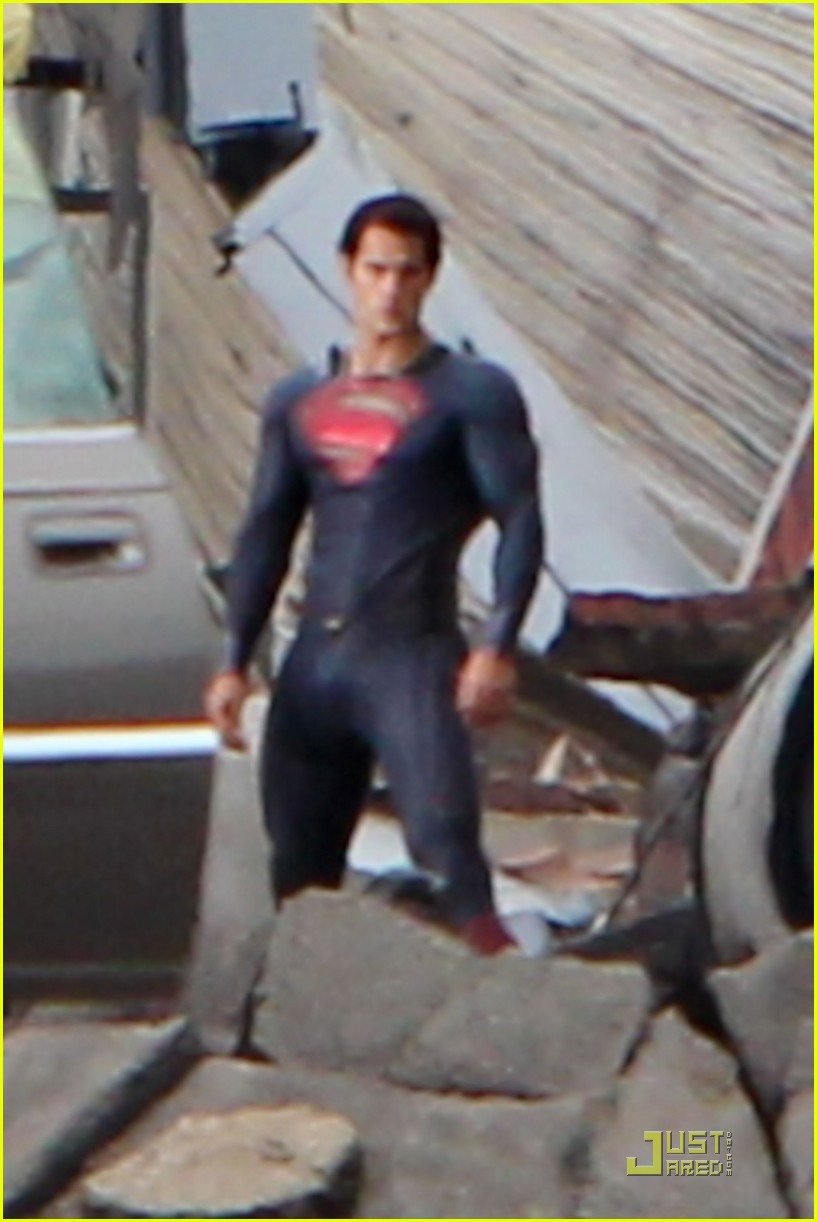 henry cavill superman man of steel set photos 04