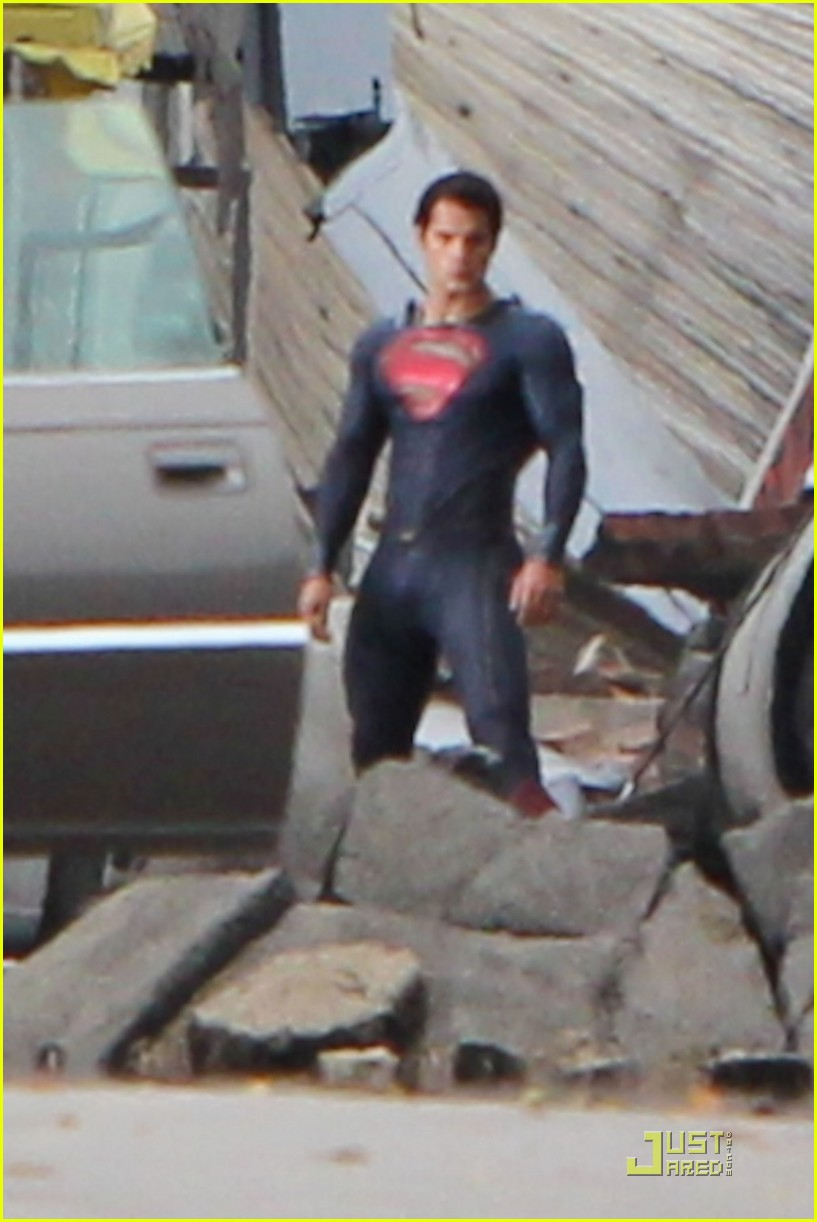 henry cavill superman man of steel set photos 07