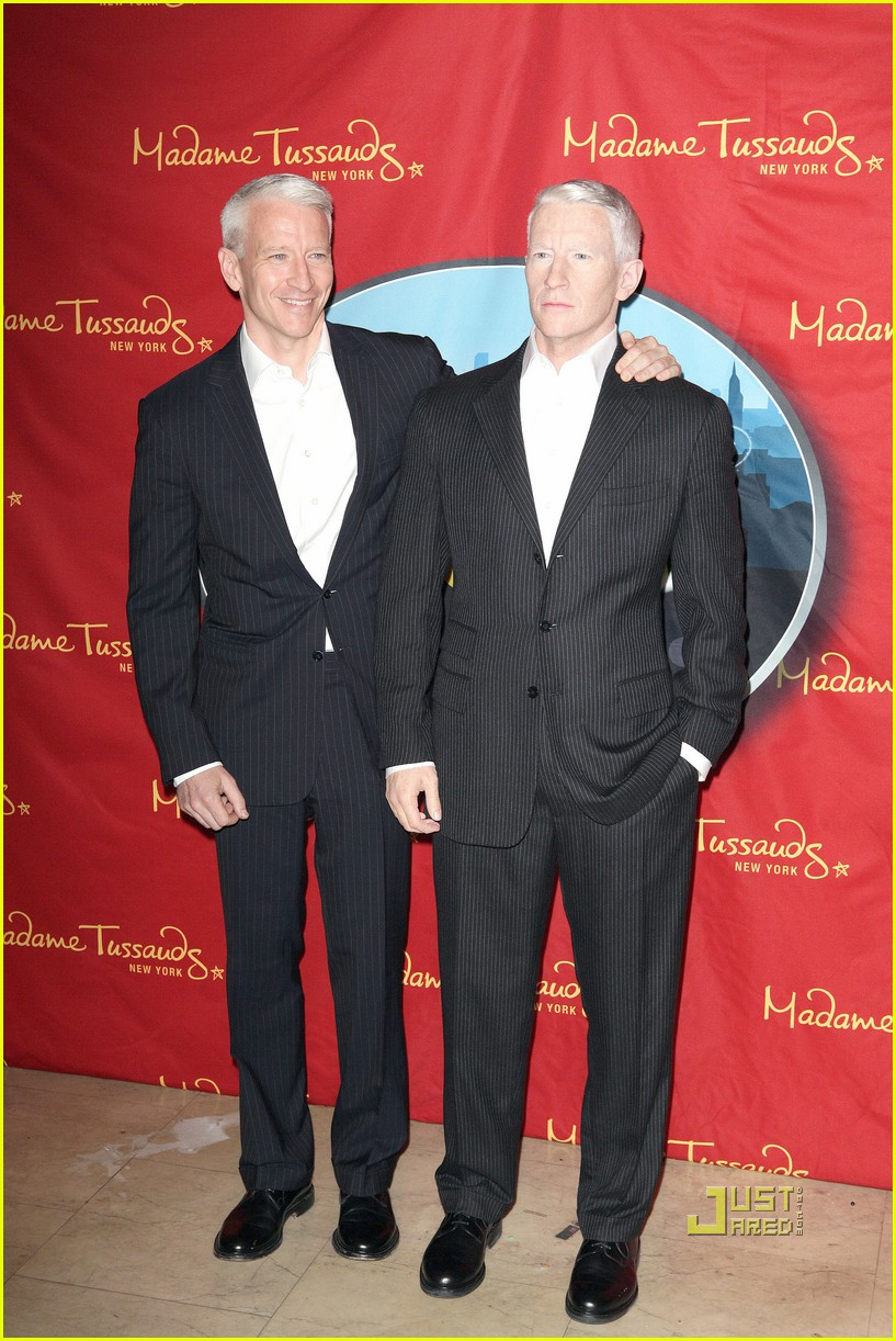 anderson cooper madame tussauds wax figure 052580055