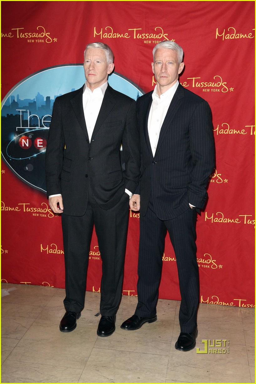 anderson cooper madame tussauds wax figure 08