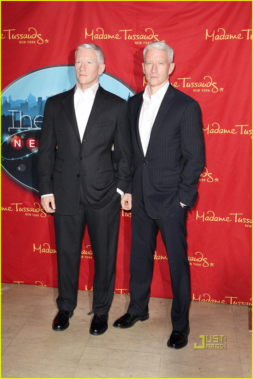 anderson cooper madame tussauds wax figure 092580059