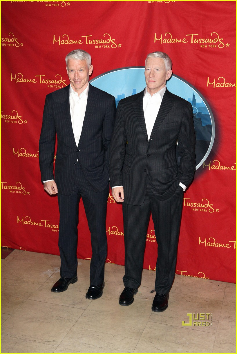 anderson cooper madame tussauds wax figure 102580060