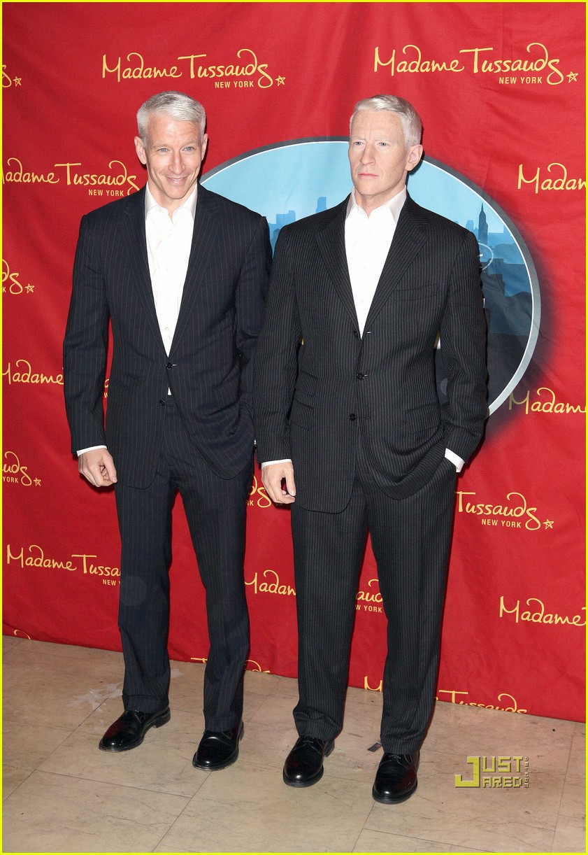 anderson cooper madame tussauds wax figure 122580062