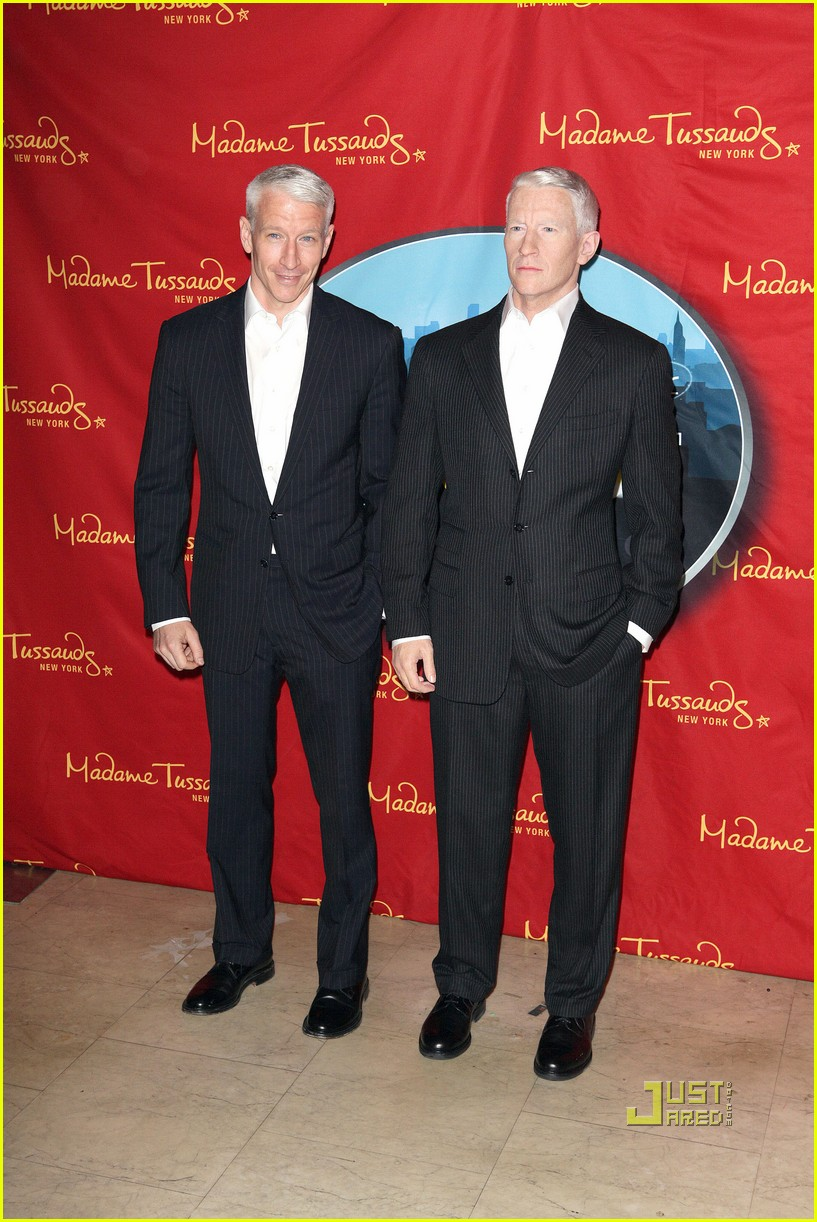 anderson cooper madame tussauds wax figure 132580063