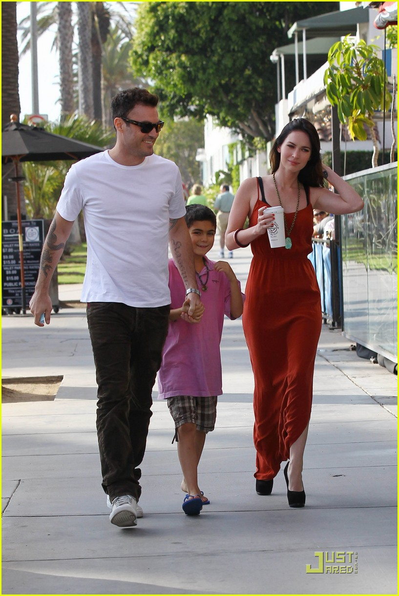 megan fox brian austin green boa 01