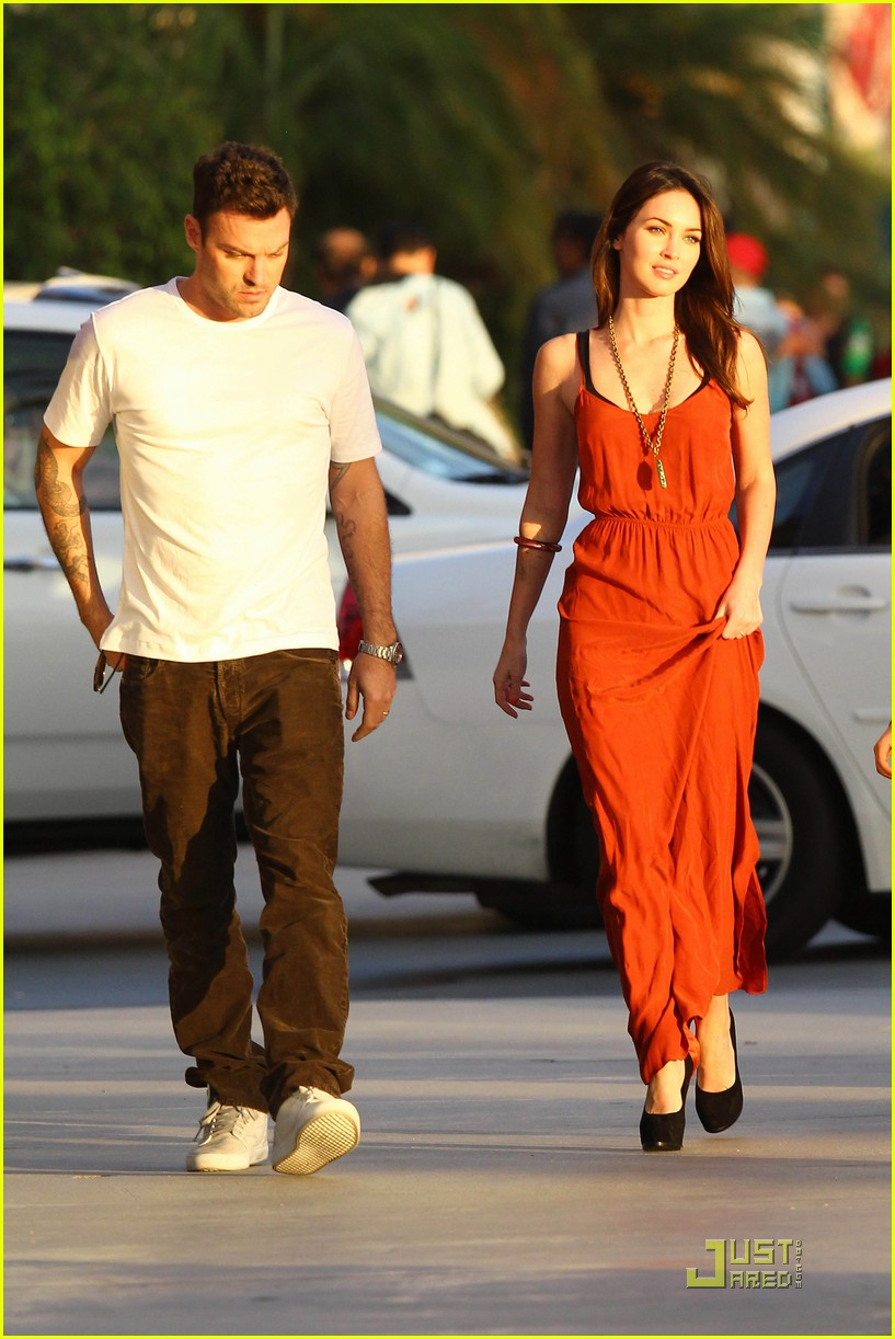 megan fox brian austin green boa 072576744