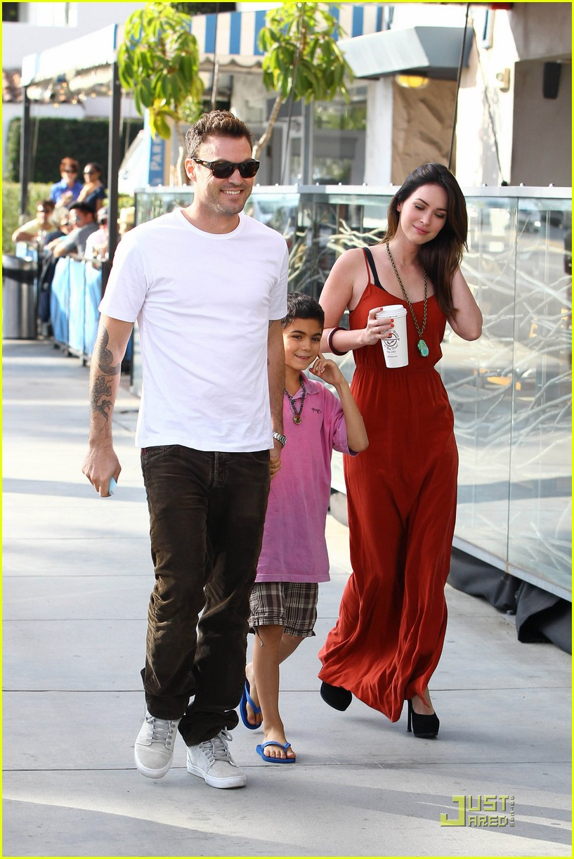 megan fox brian austin green boa 08