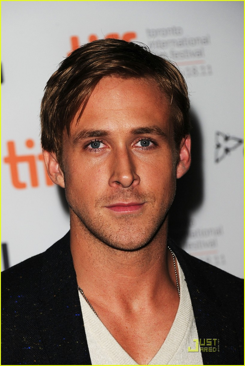 ryan gosling drive premiere in toronto 16