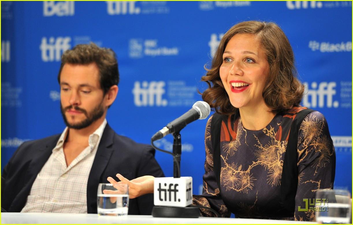 maggie gyllenhaal hugh dancy hysteria press conference 122580400