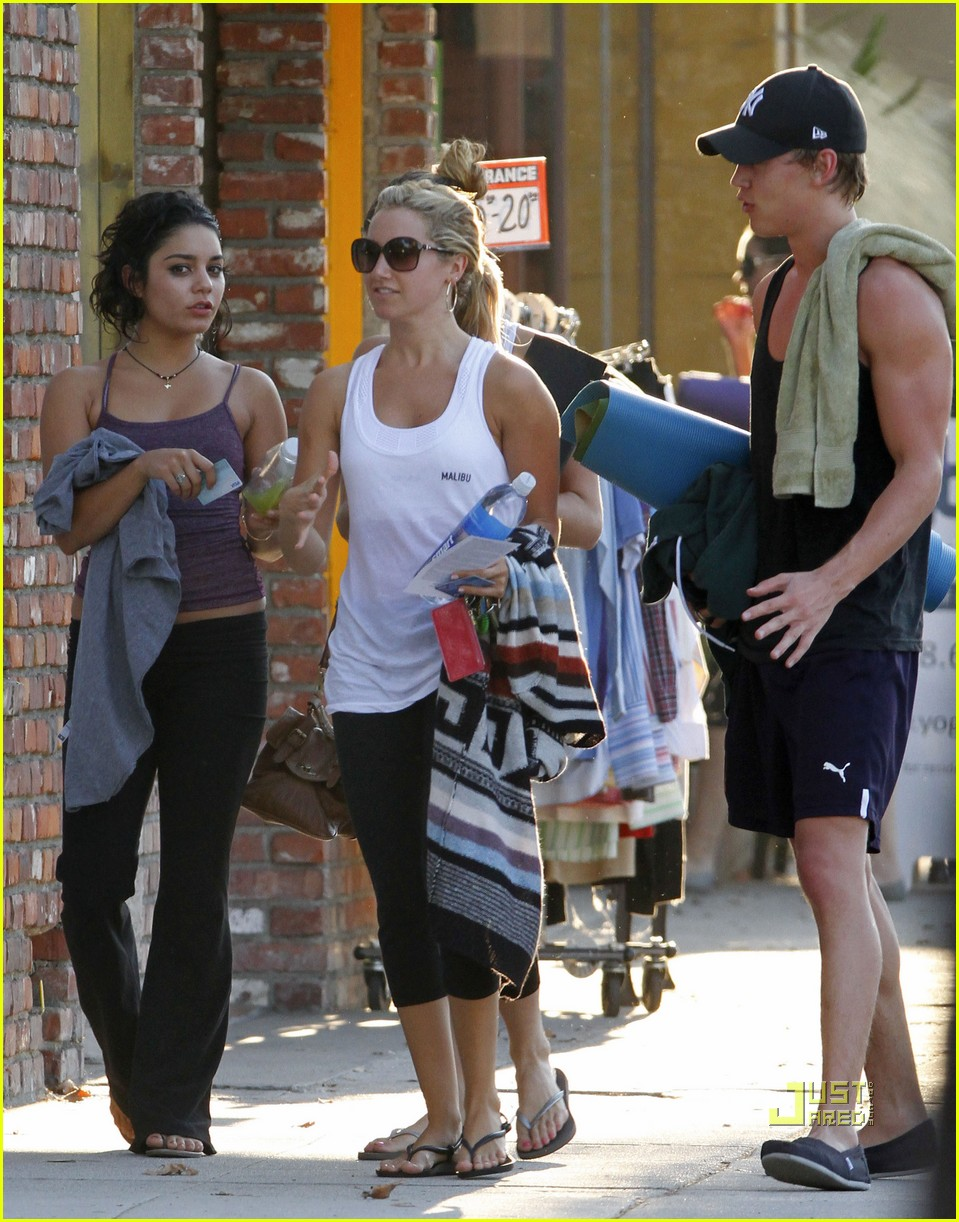 vanessa hudgens austin butler ashley tisdale workout 022582253