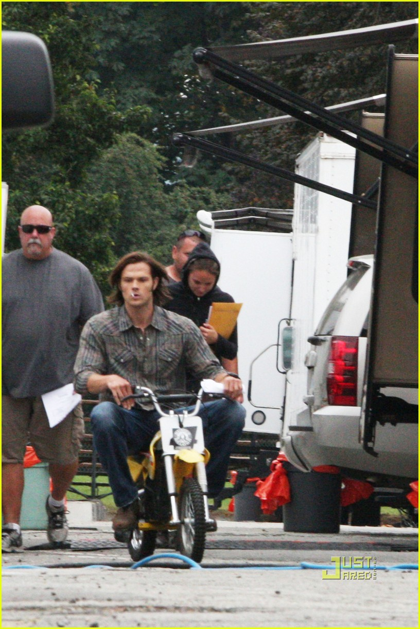 jensen ackles jared padalecki supernatural mini bike 022580578