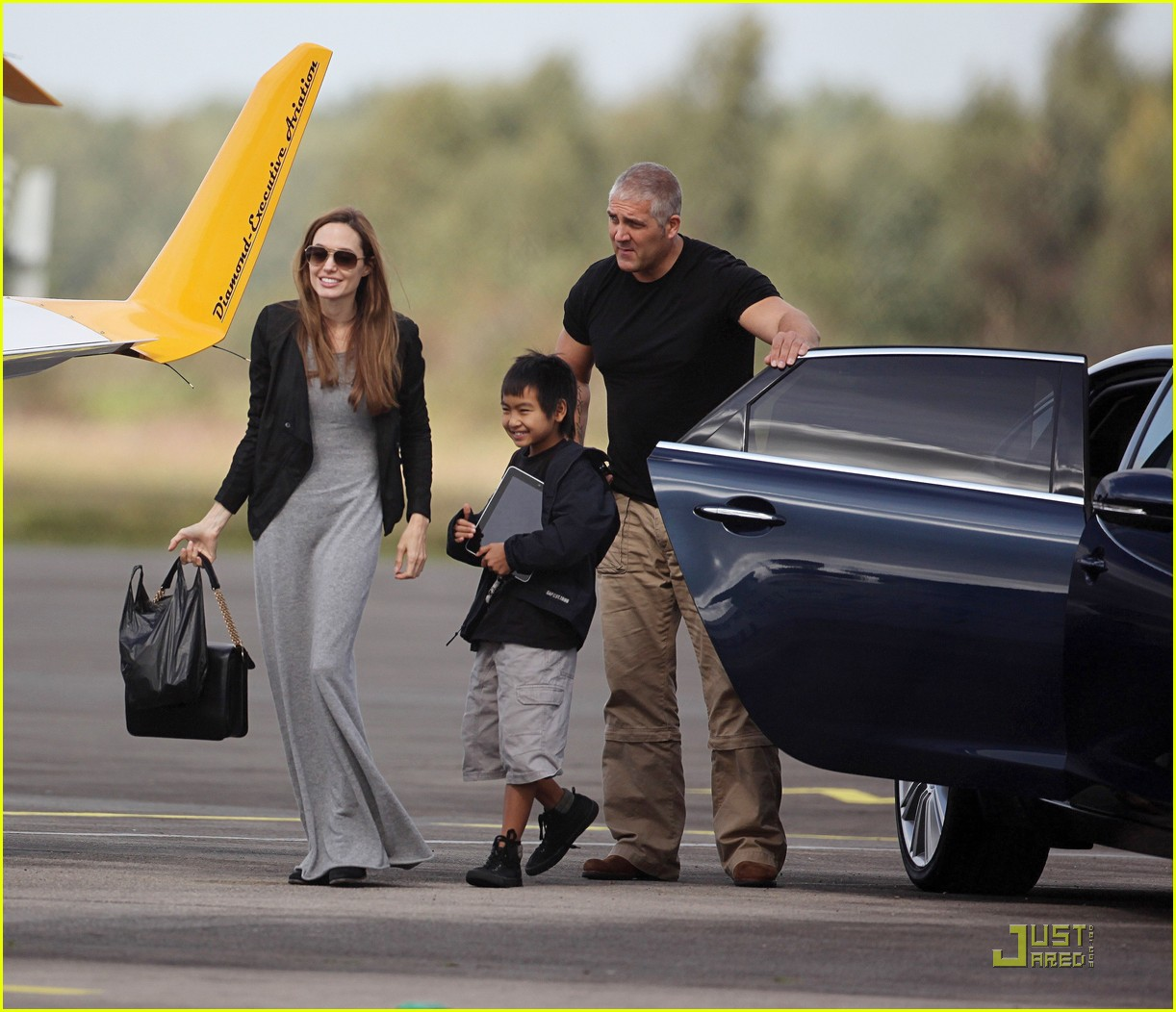 angelina jolie flying lessons maddox 052583078