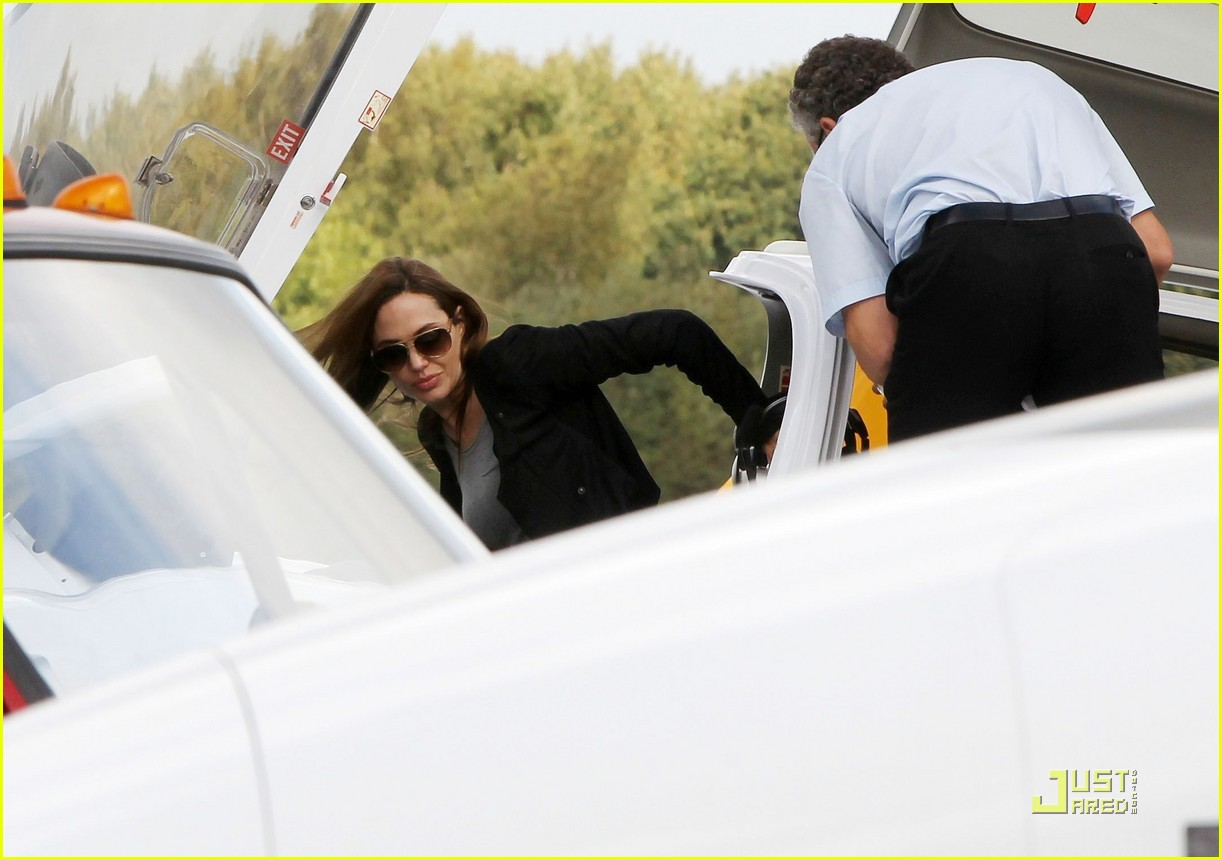 angelina jolie flying lessons maddox 062583079
