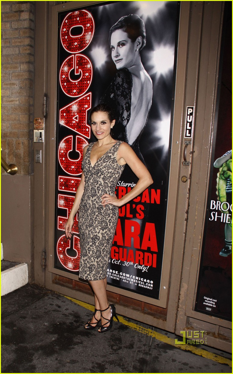 kara dioguardi chicago opening night 022577364