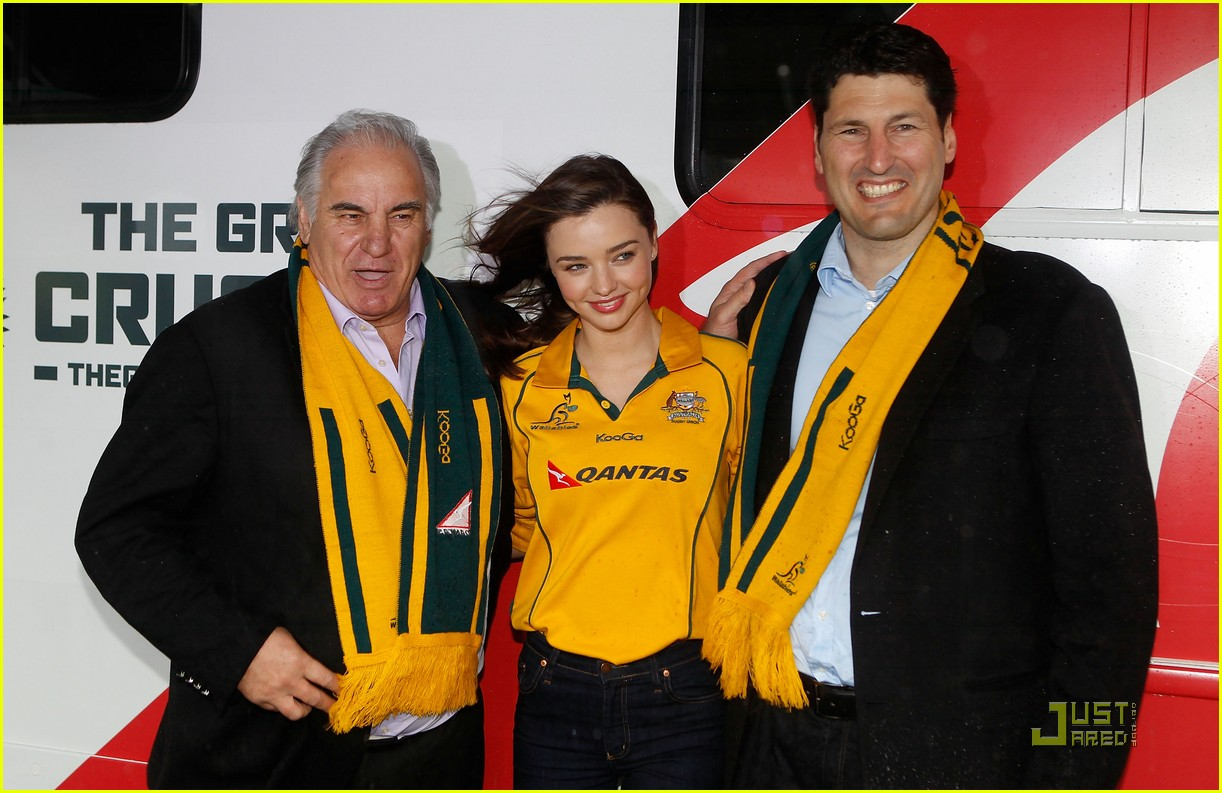 miranda kerr launches the great crusade 032578704