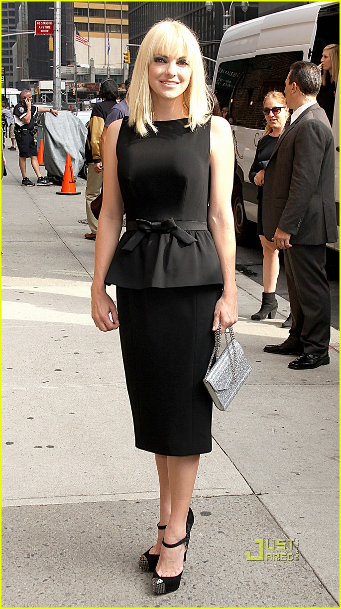 anna faris late show letterman marie claire express 122584768