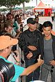 taylor lautner dolphins game 04