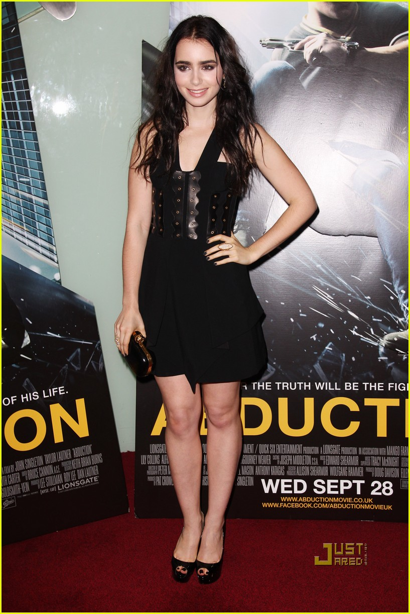 taylor lautner lily collins abduction uk premiere 022584244