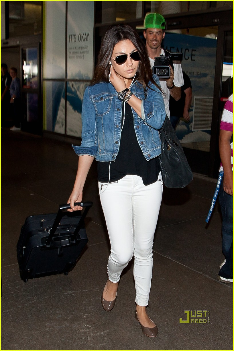 mila kunis lax land 05