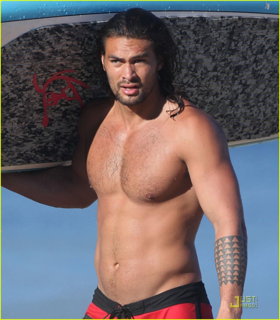 jason momoa shirtless hawaii 022579088