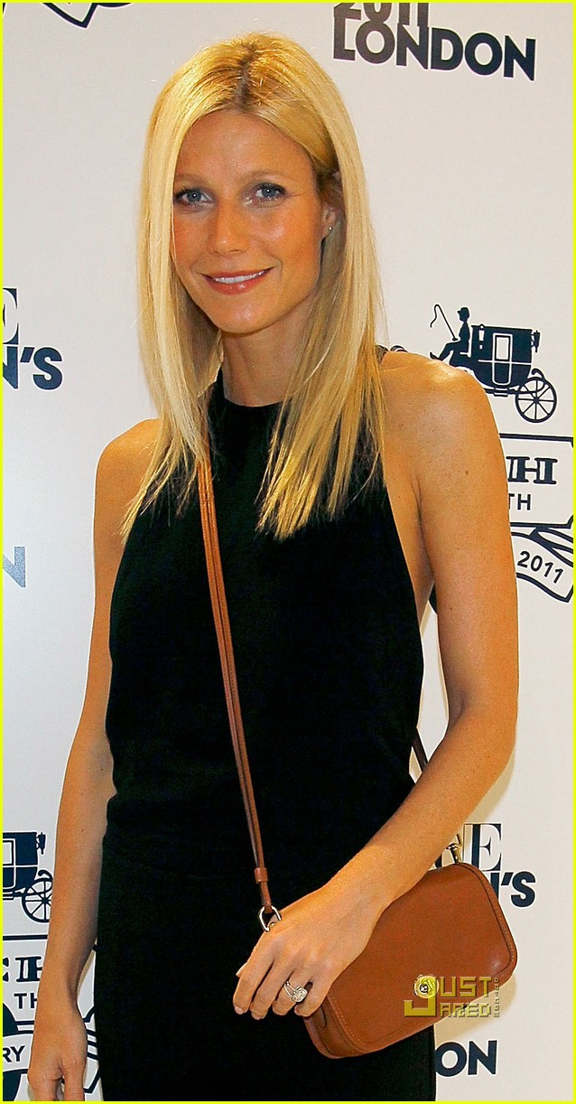 gwyneth paltrow fashions night out coach 022577831
