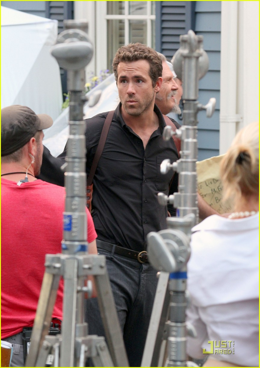 ryan reynolds ripd jeff bridges 022580880