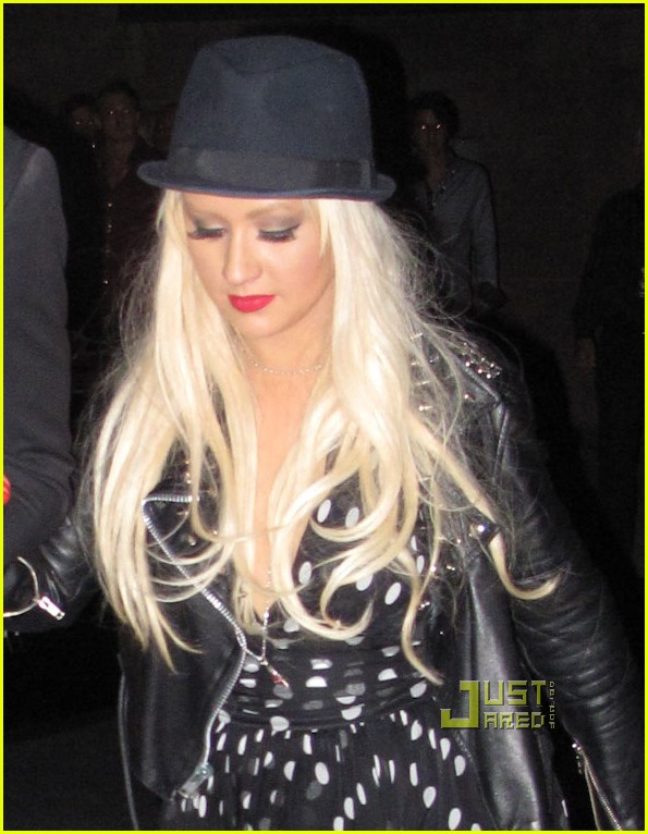 christina aguilera matthew rutler boxing match 04