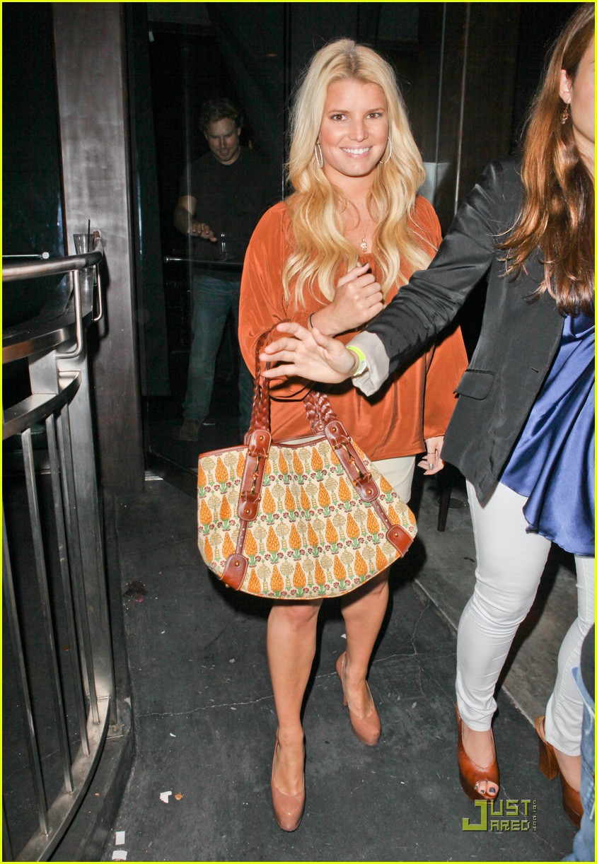 jessica simpson eric johnson one year engagement party 012581094
