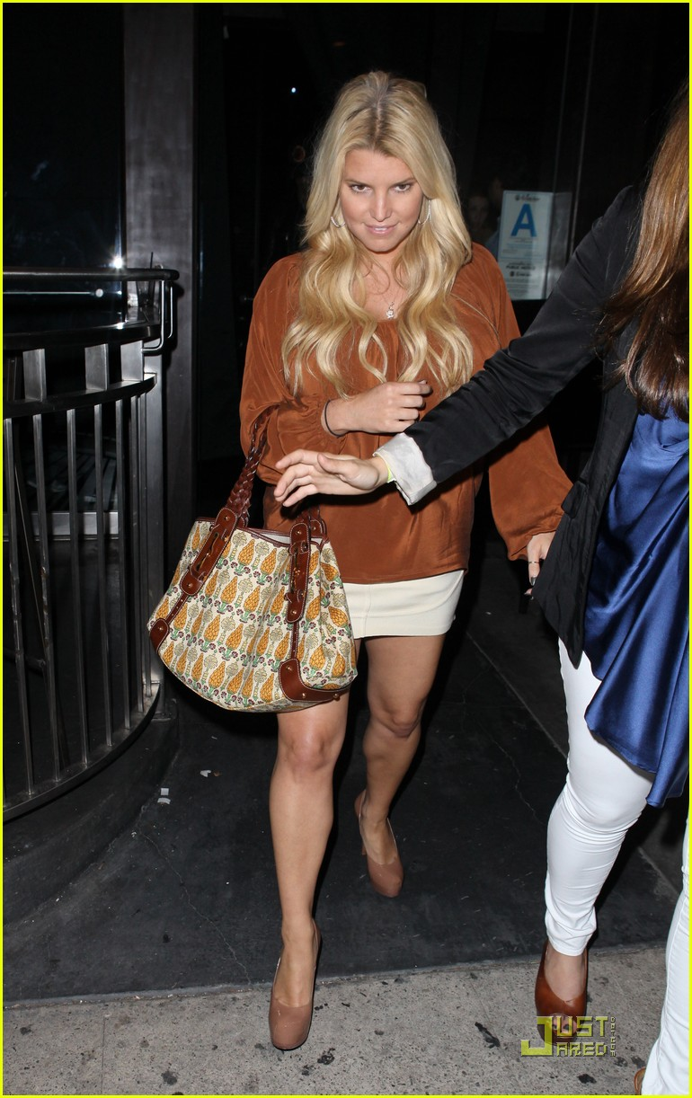 jessica simpson eric johnson one year engagement party 082581101