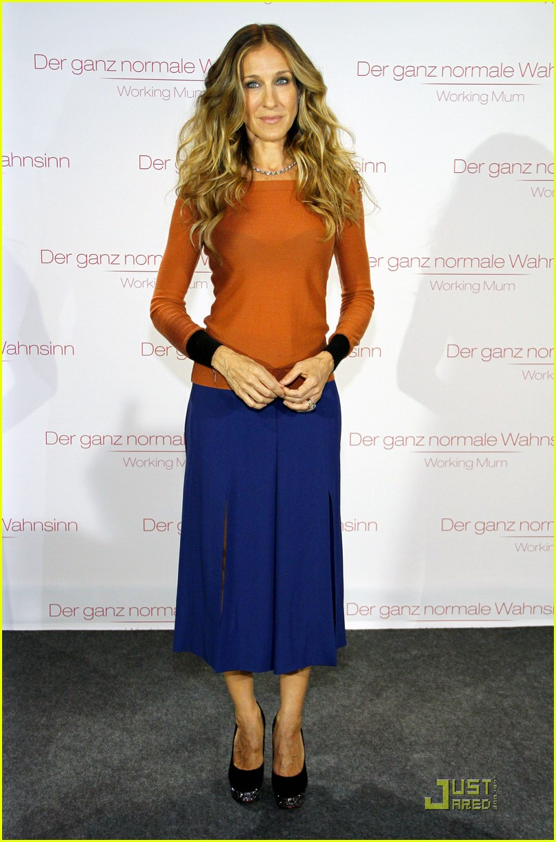 sarah jessica parker dont know how she does berlin 042576021