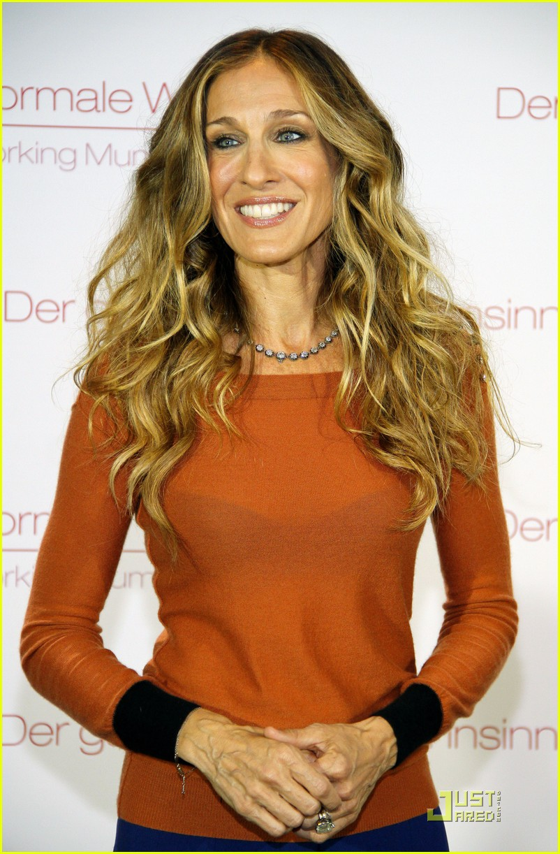 sarah jessica parker dont know how she does berlin 092576026