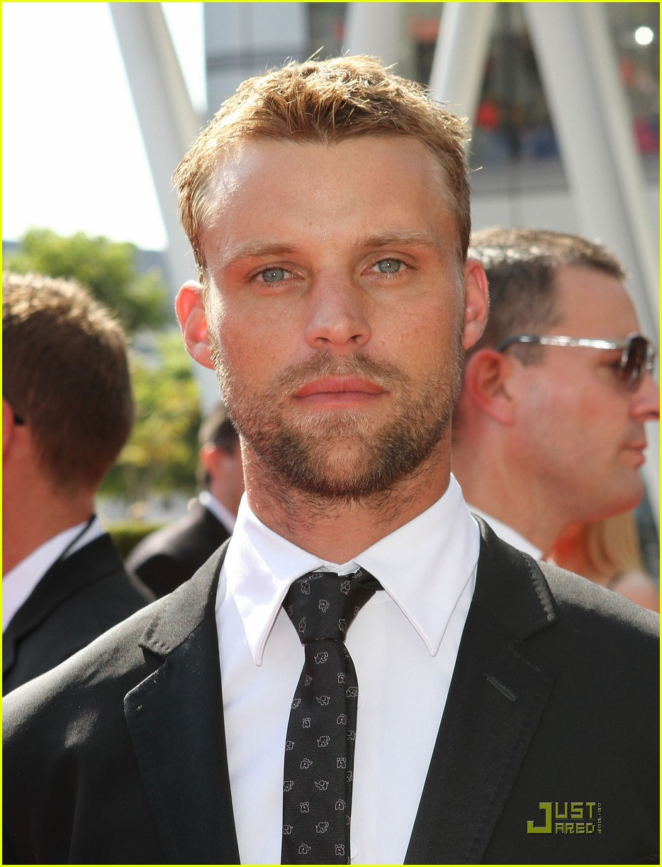 jesse spencer shirtless surfer 022579605