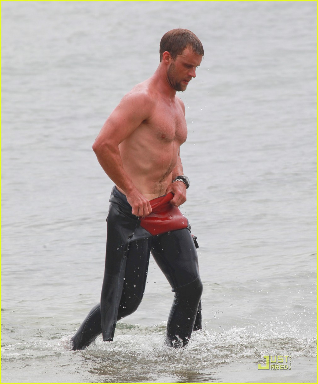 jesse spencer shirtless surfer 052579608