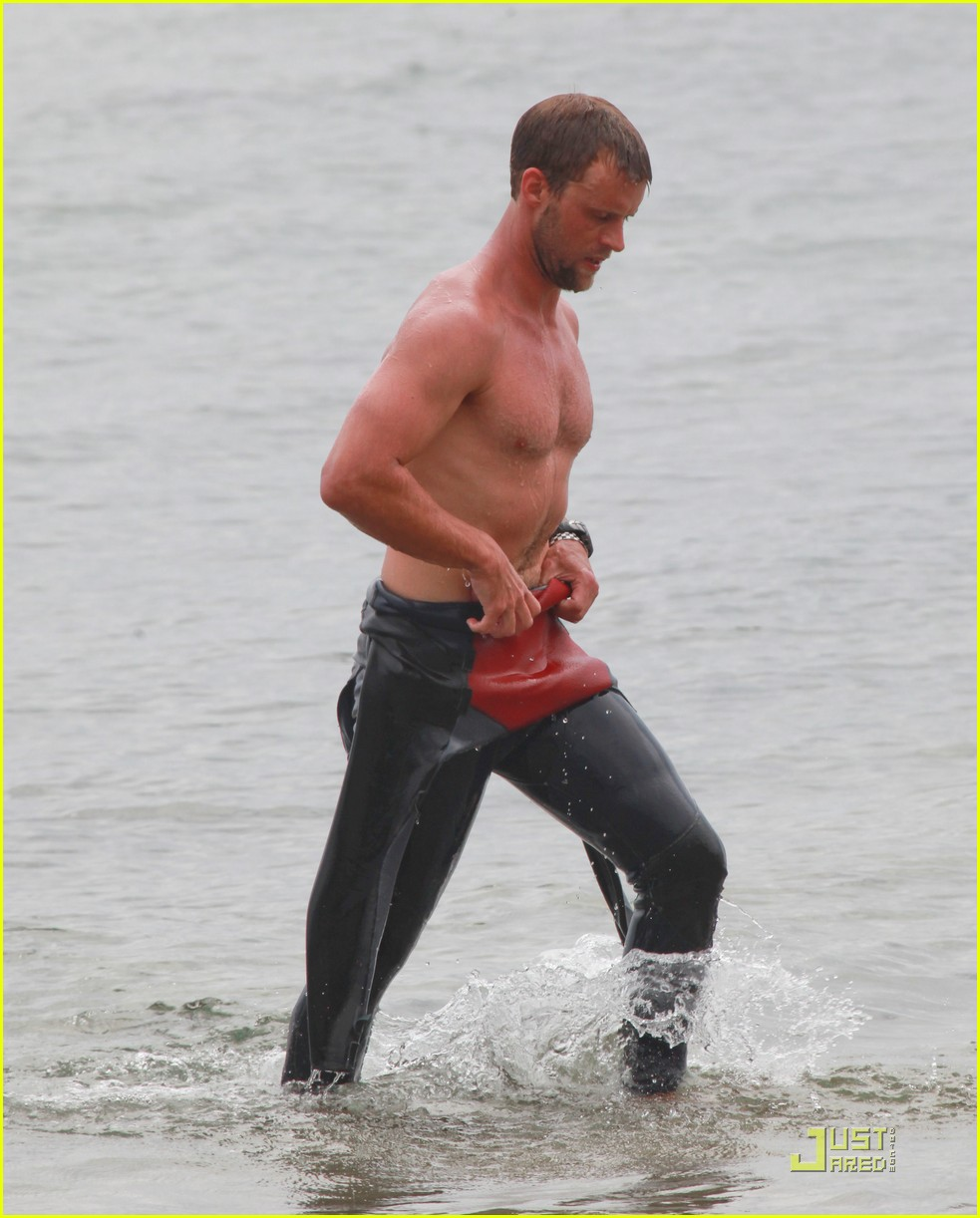 jesse spencer shirtless surfer 062579609