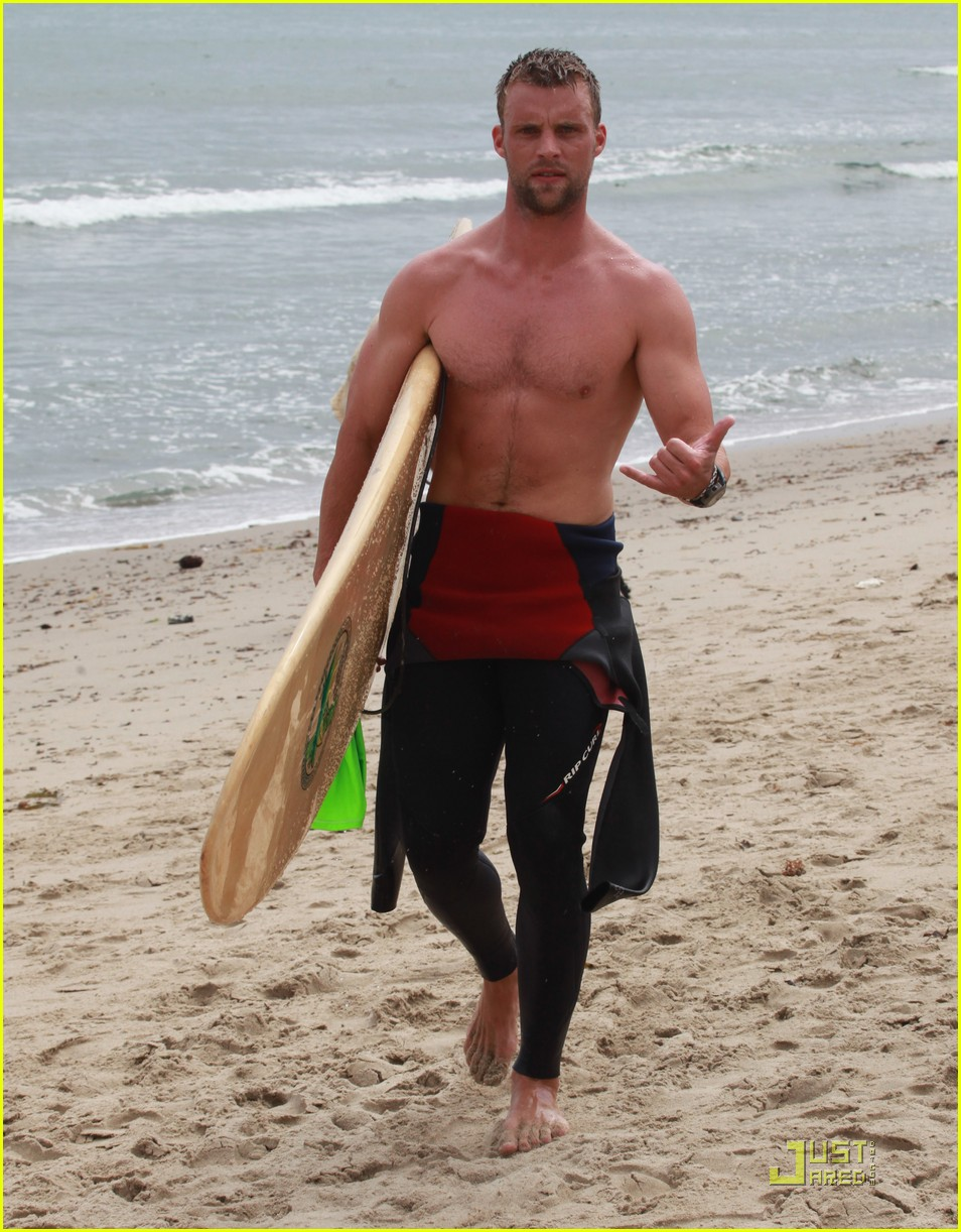 jesse spencer shirtless surfer 102579613