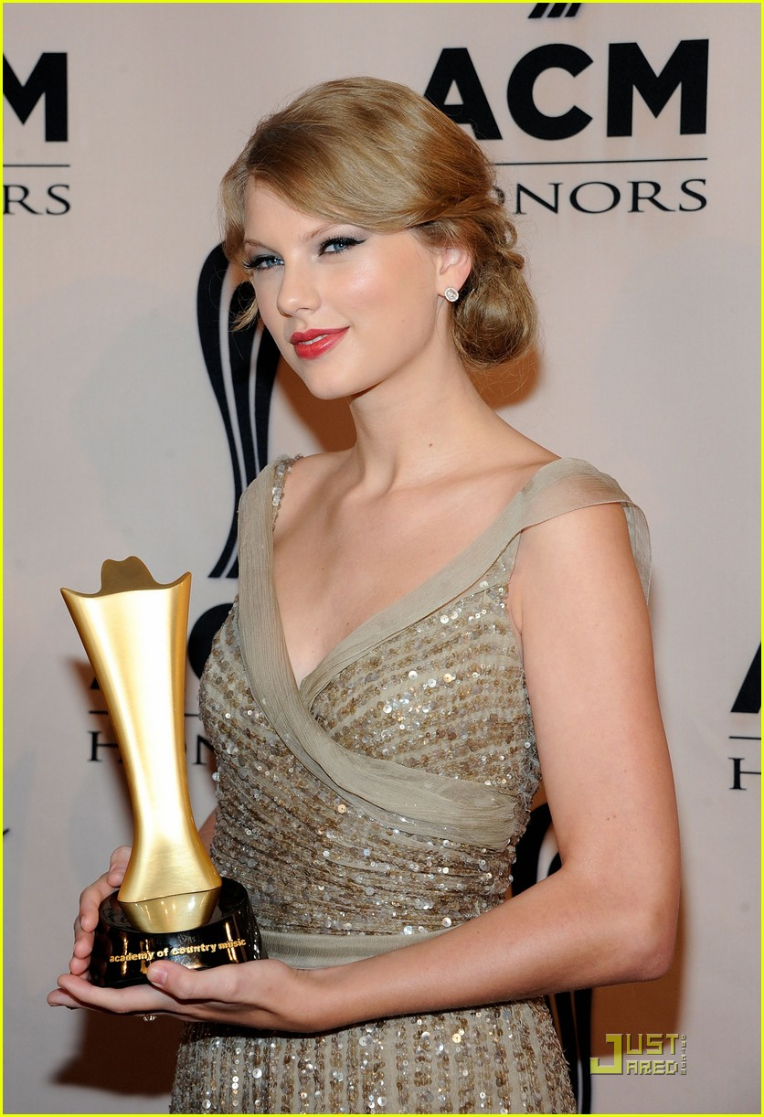 taylor swift acm honors 14