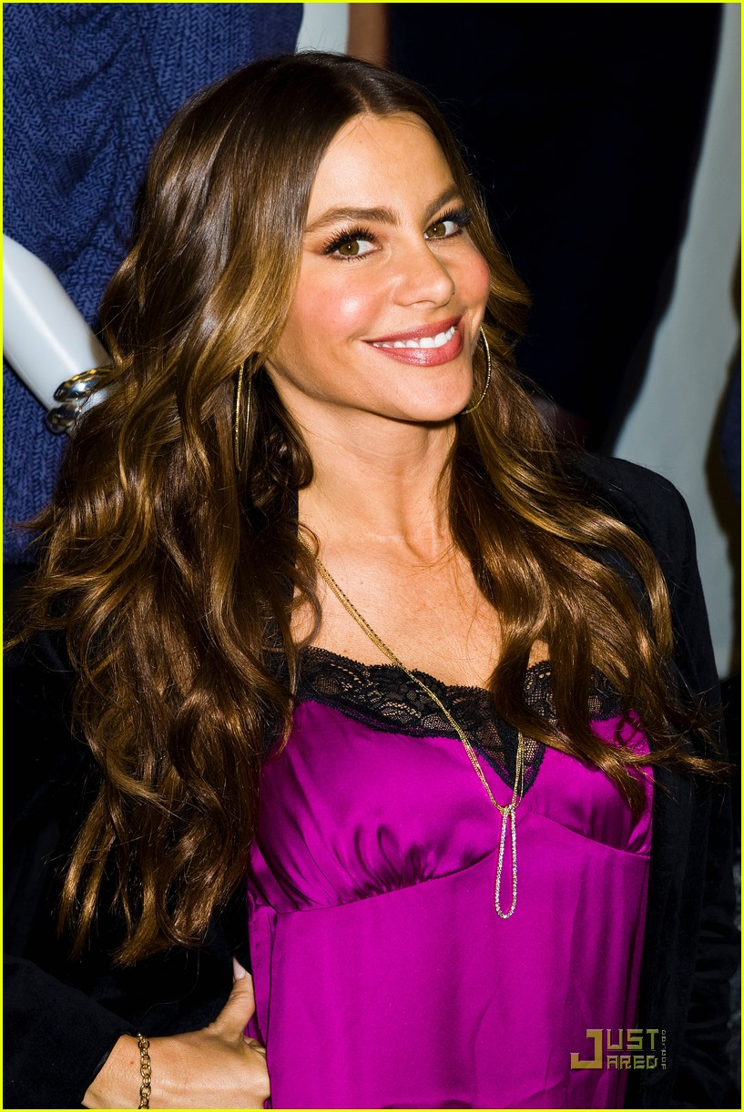 sofia vergara kmart clothing launch 112583121