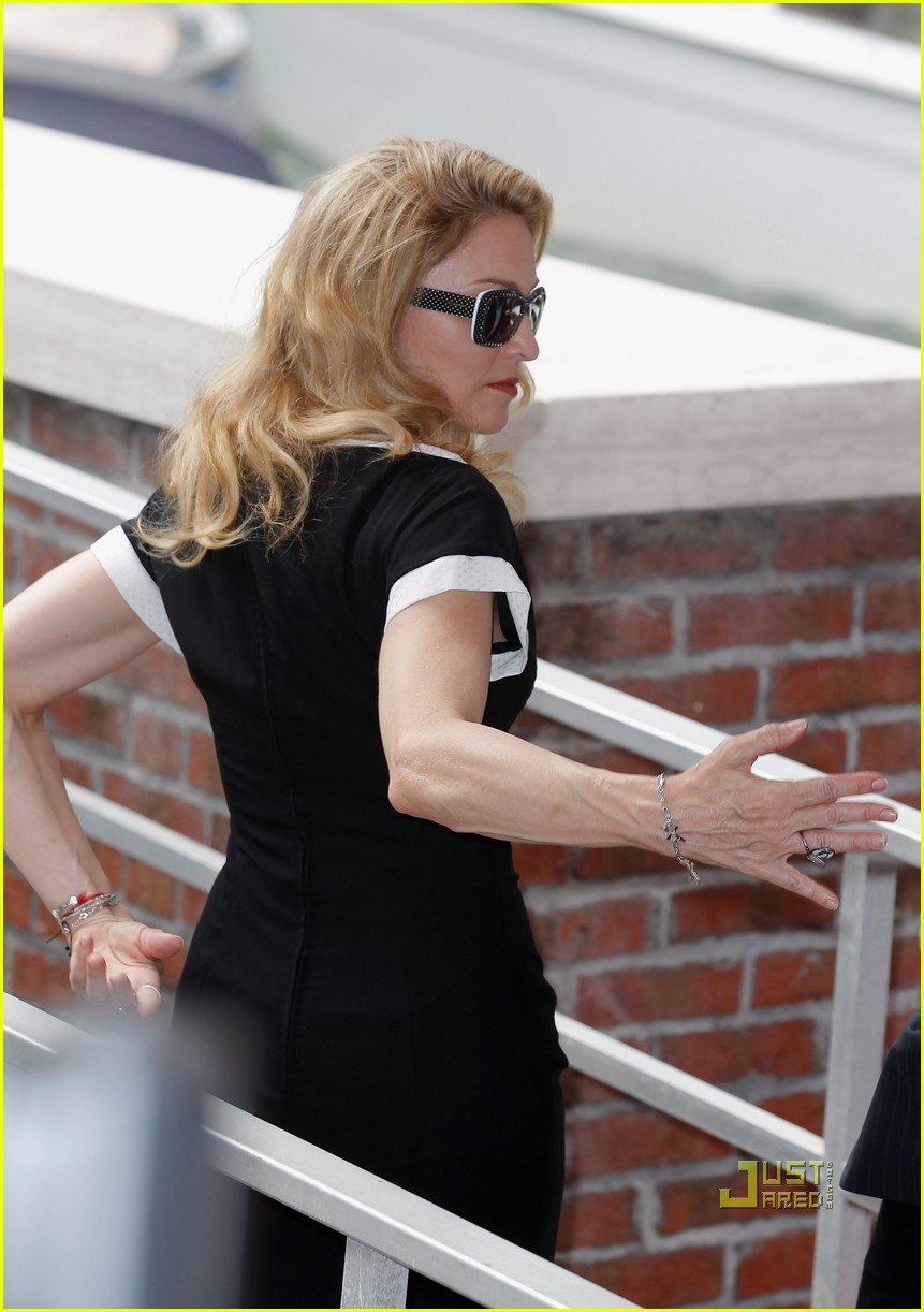 madonna we photo call venice film festival 05