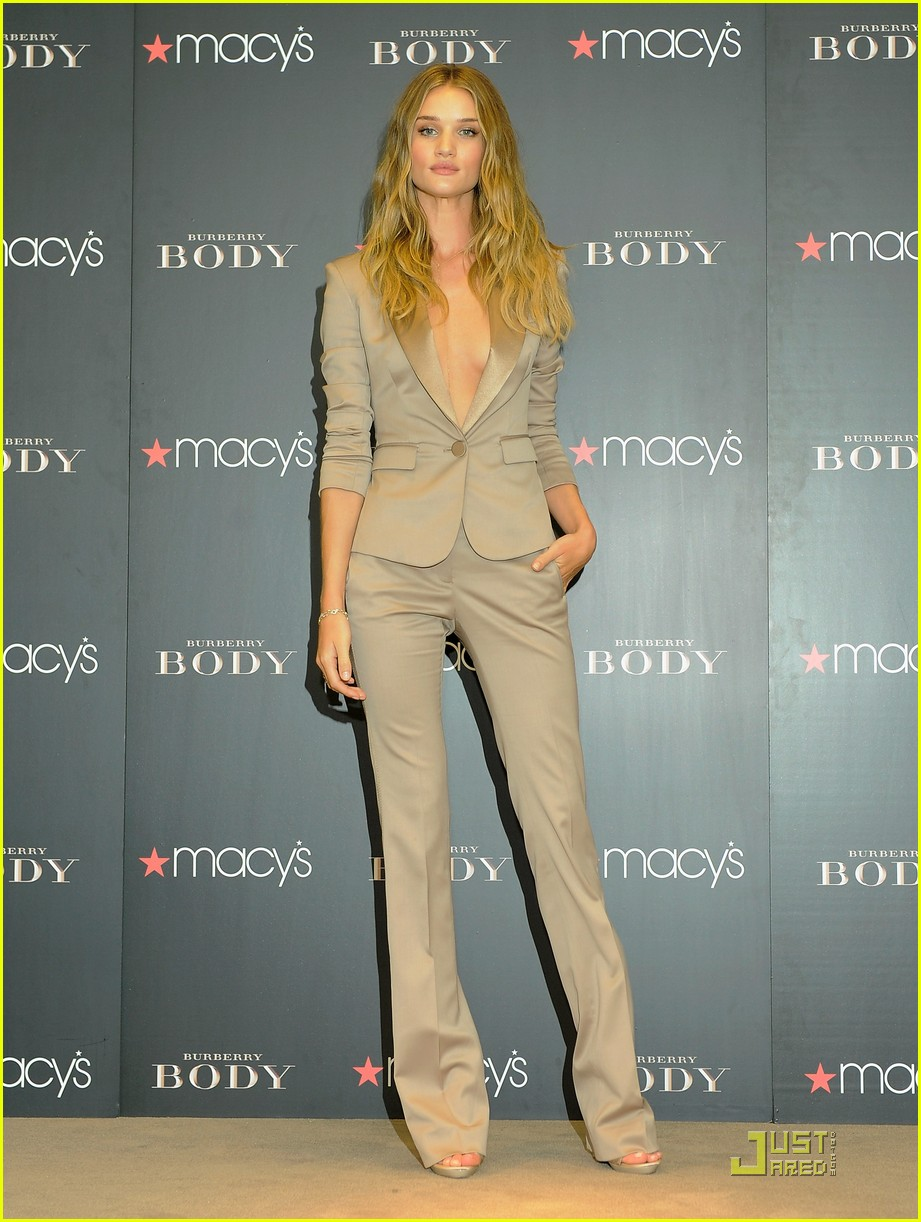 rosie huntington whiteley macys 022579345