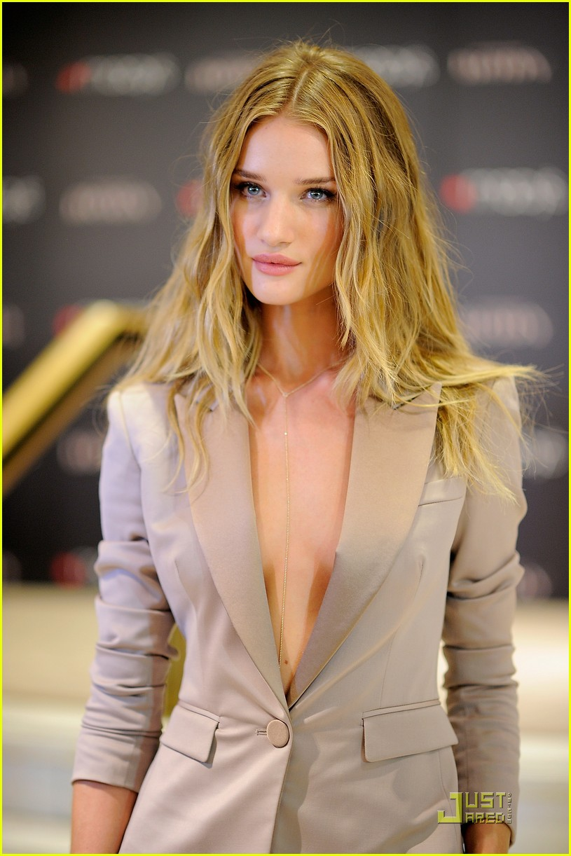rosie huntington whiteley macys 172579360