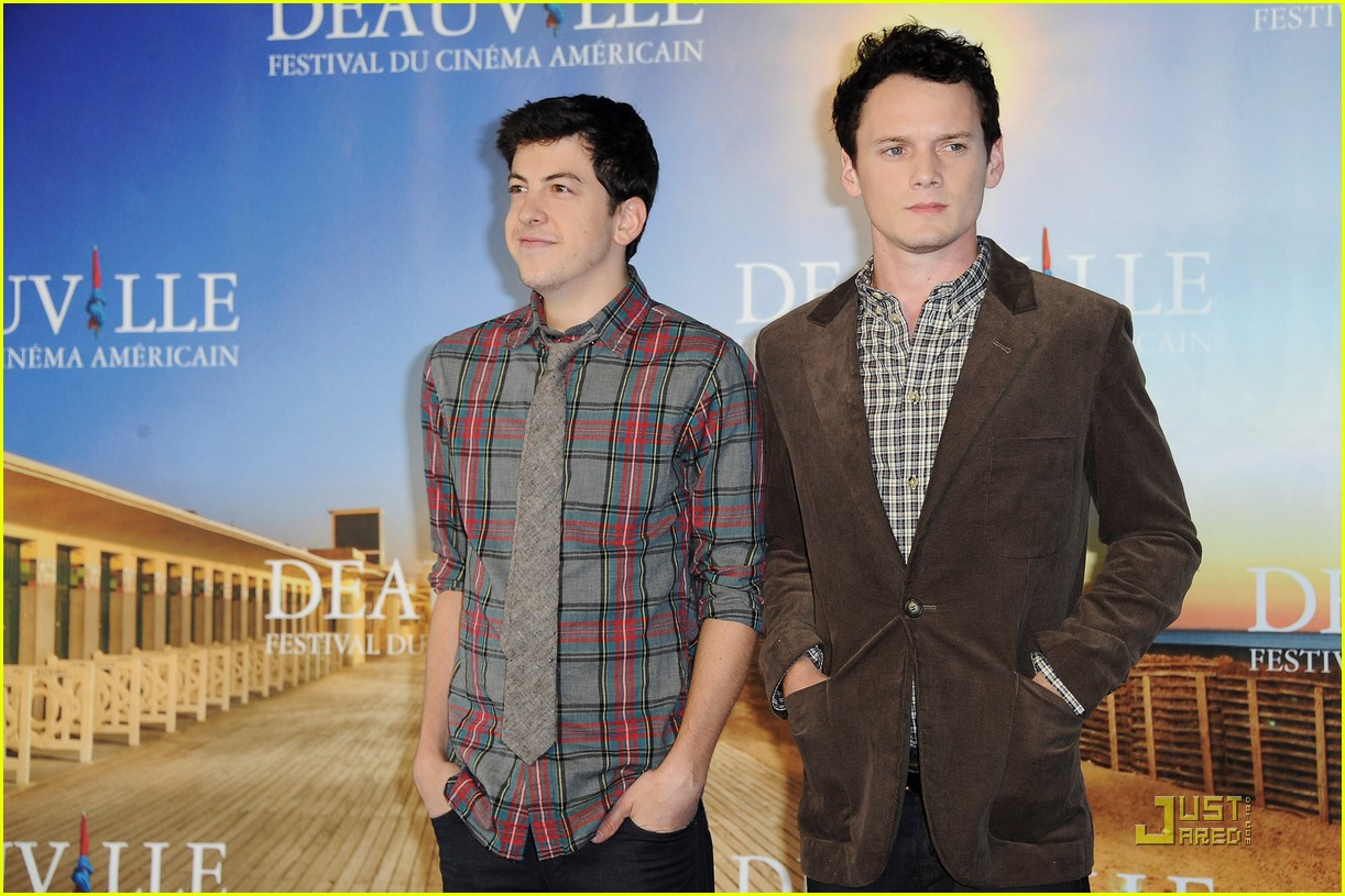 anton yelchin christopher mintz plasse fright night deauville 08