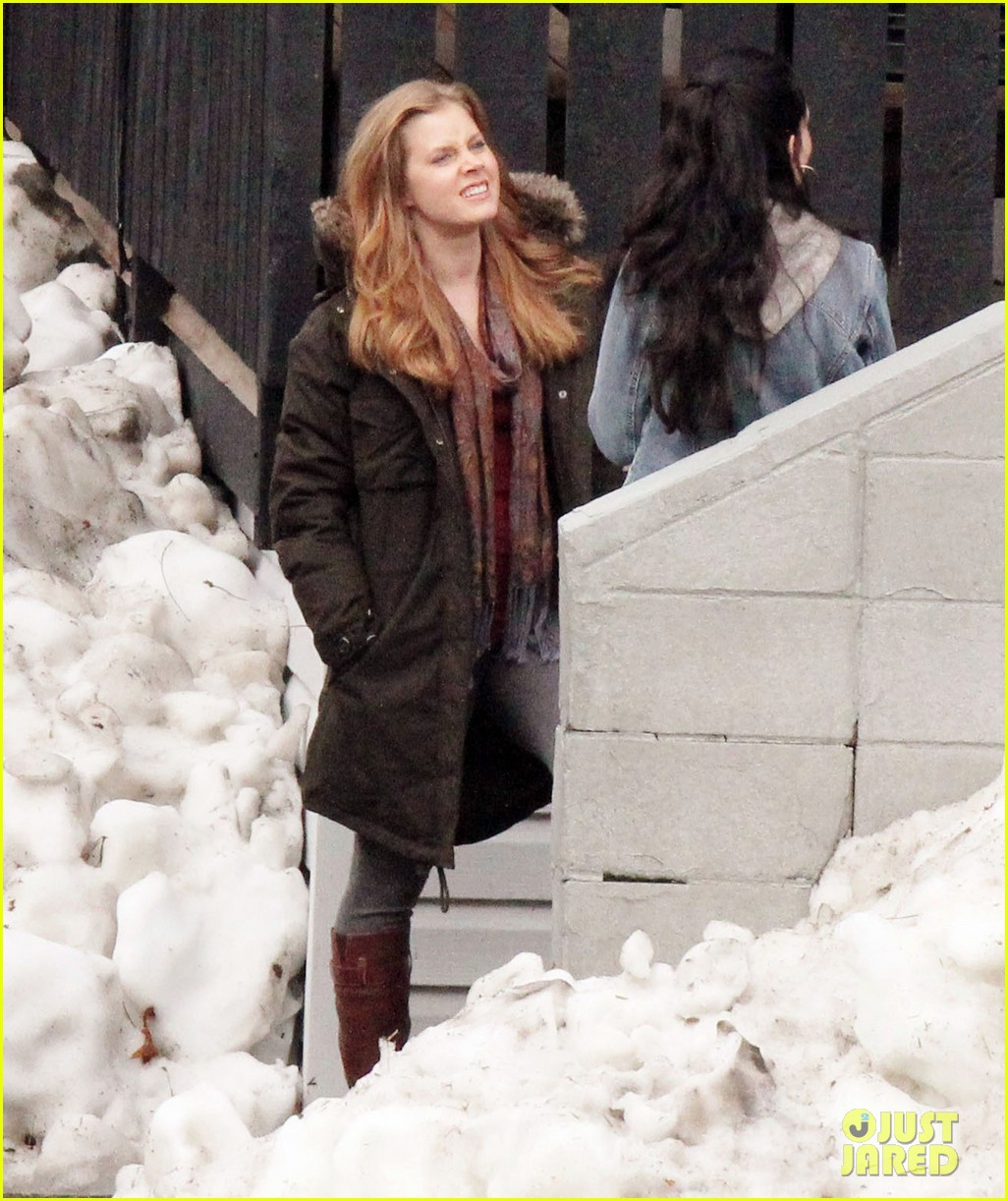 amy adams on set of man of steel 07